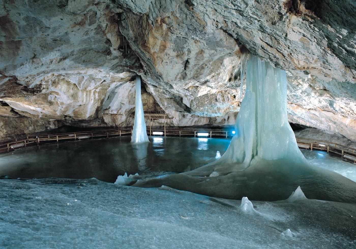 dobsinska-jaskyna